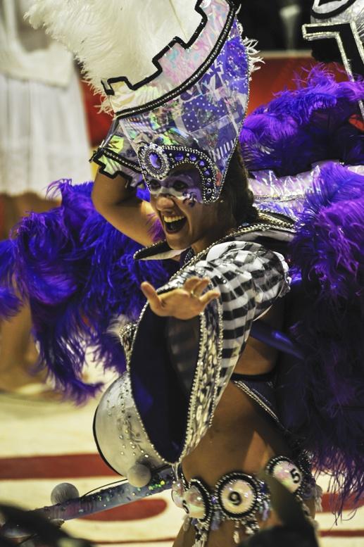 carnaval de gualeguaychu man purple