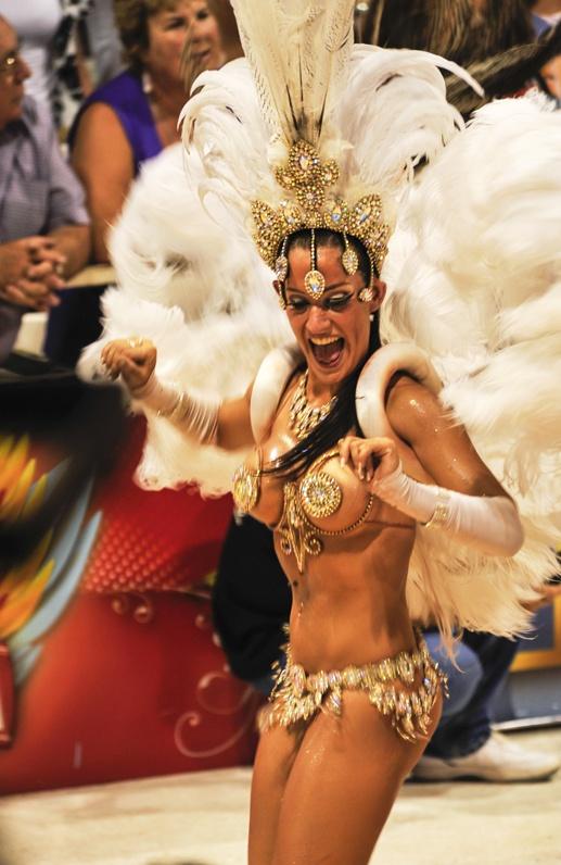 carnival gualeguaychu dancing girl