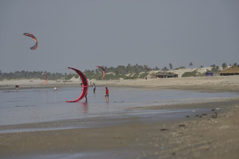 jeri-brazil-beach-kitesurfing