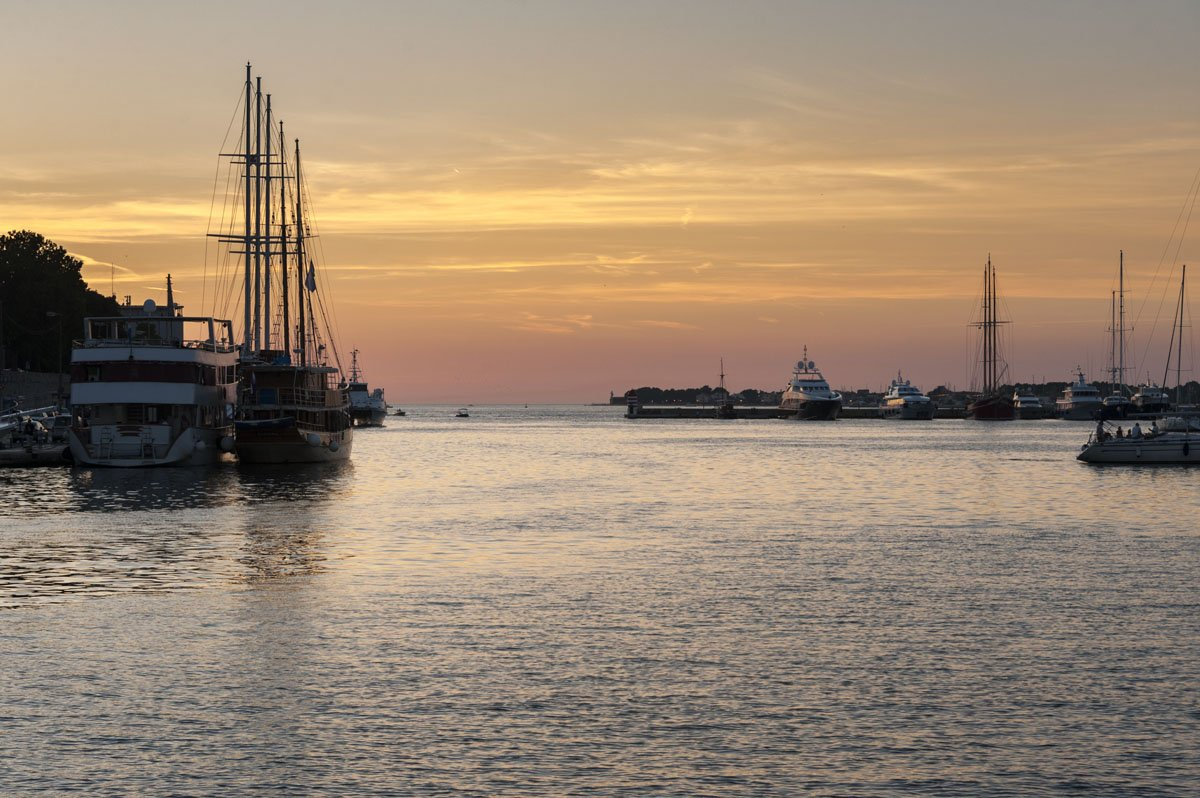 zadar marina sunrise