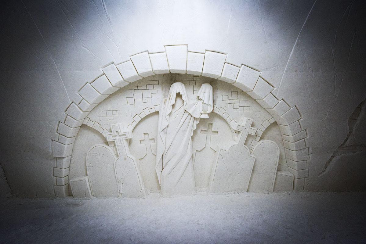 snow castle kemi carvings
