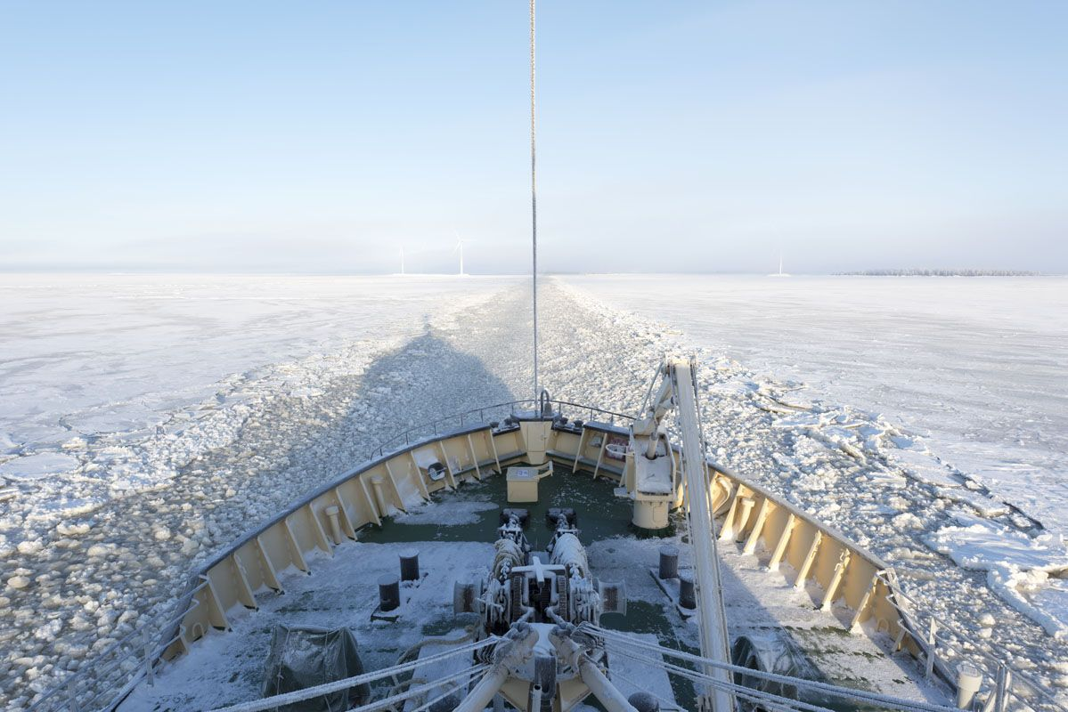 icebreaker sampo front of ship