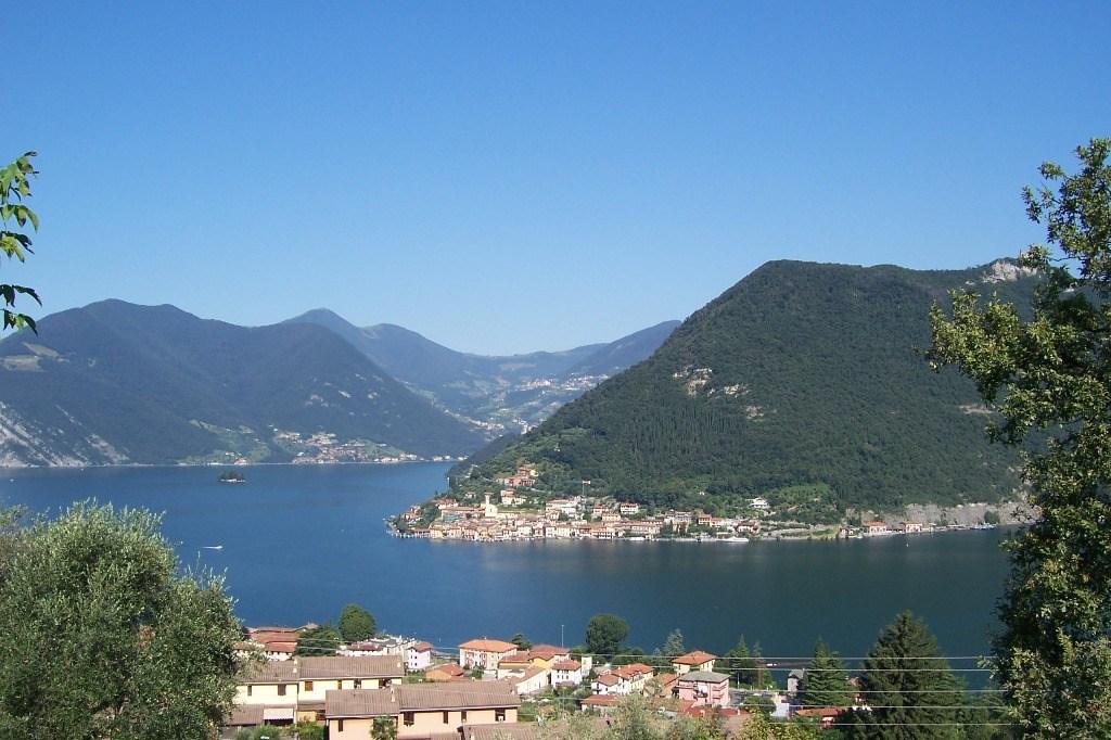 Montisola-lake-iseo