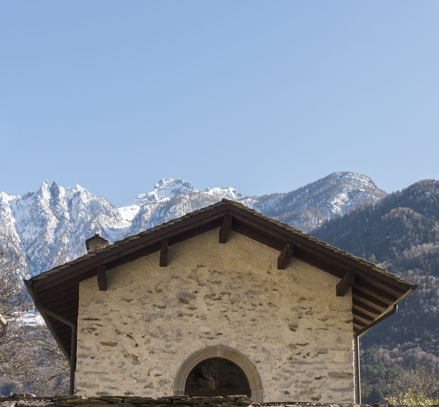 mountains house valtellina