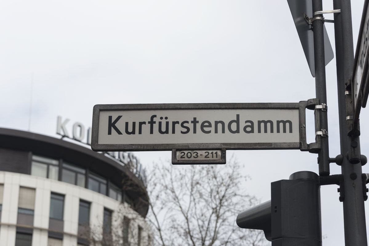 kurfustendamm berlin street sign