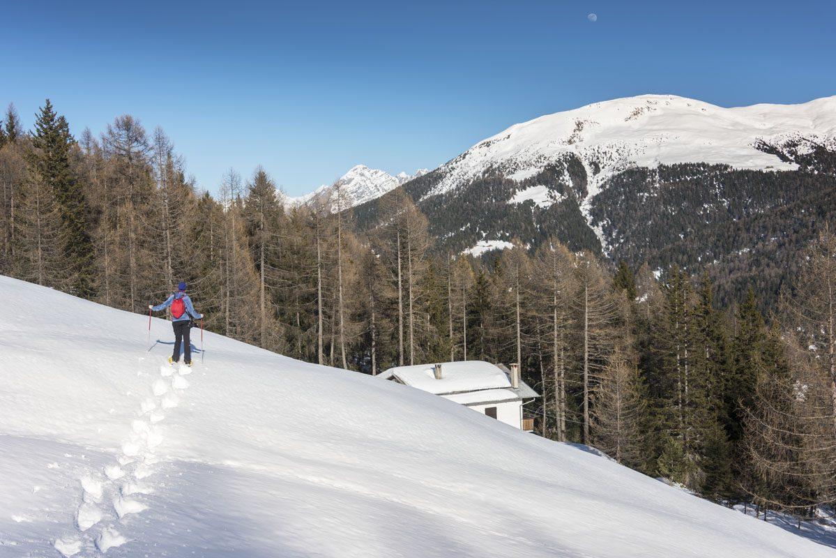 snowshoeing italian alps house