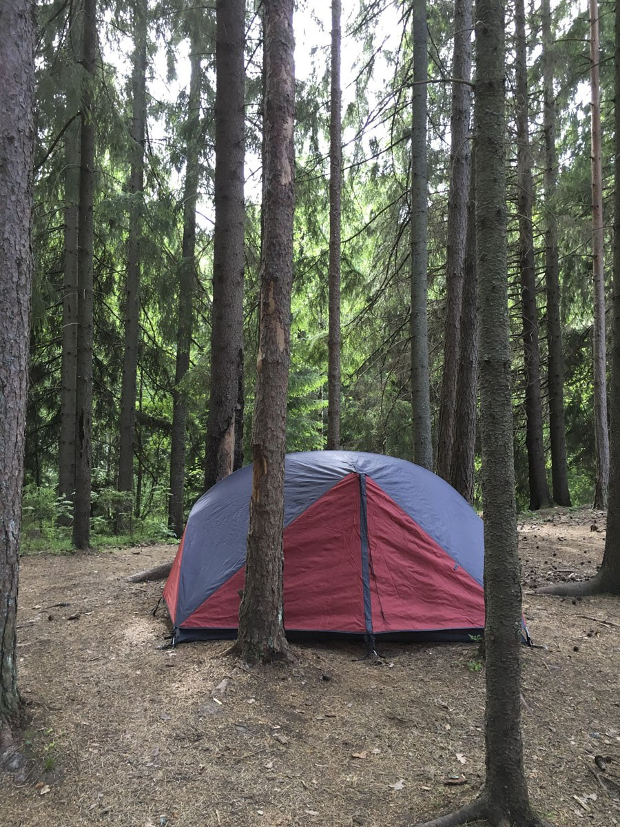 tent long distance hiking