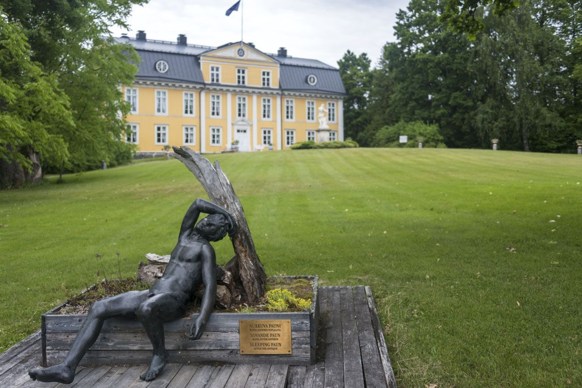 mustionlinna-manor-sculpture