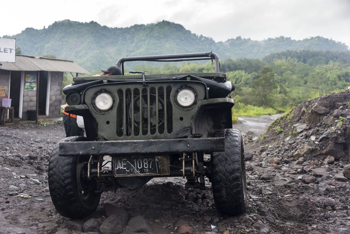 mount-merapi-willys-jeep