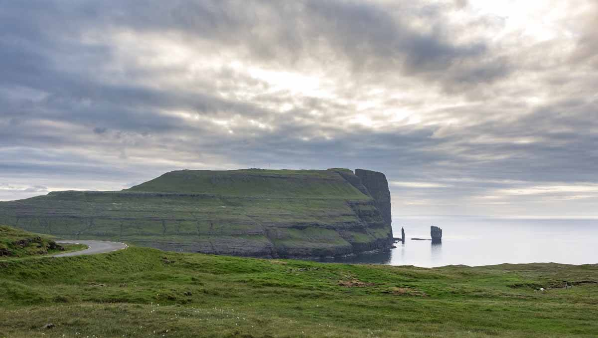 faroe green coast