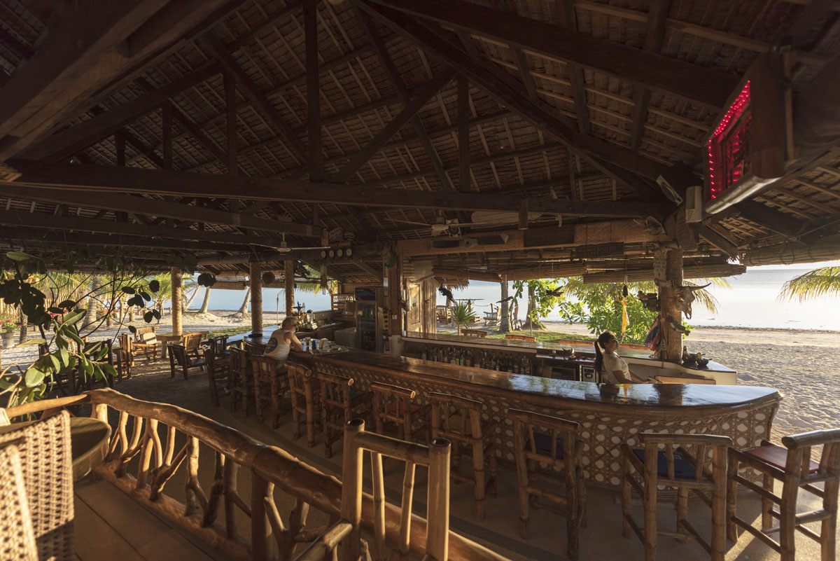 siquijor philippines coral cay restaurant