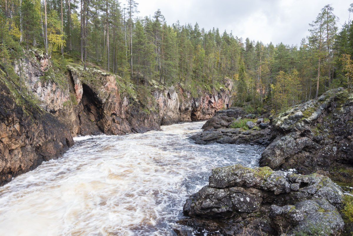 stopover-finland-kuusamo-river