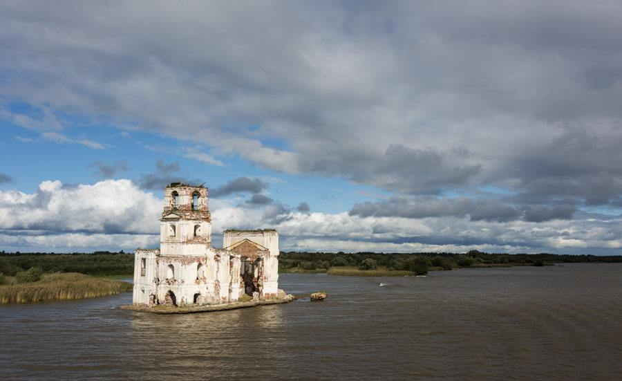 russia lake drowned church
