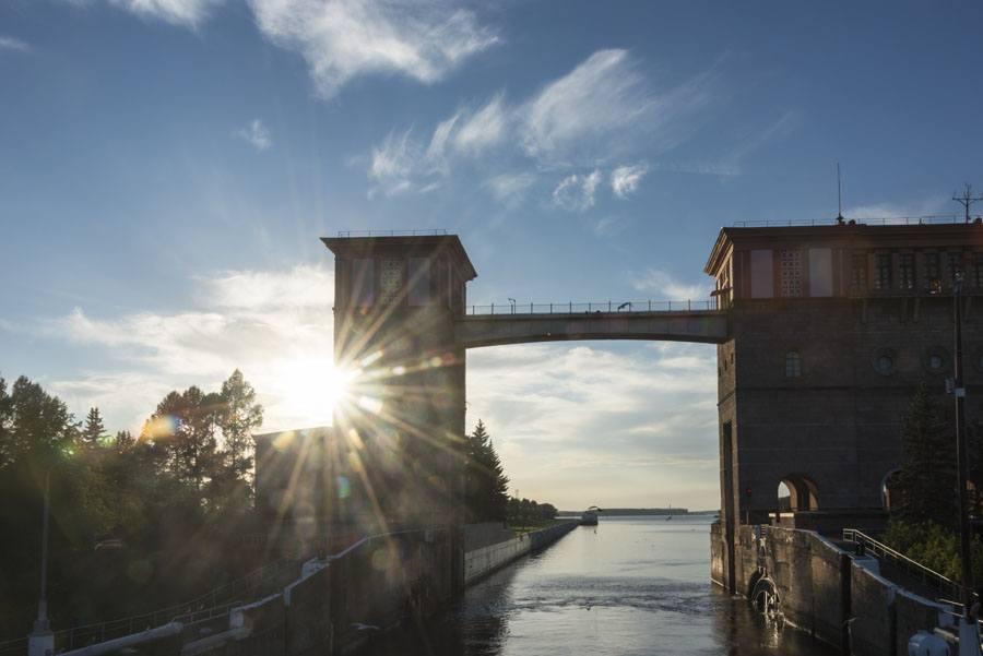 russia volga river lock