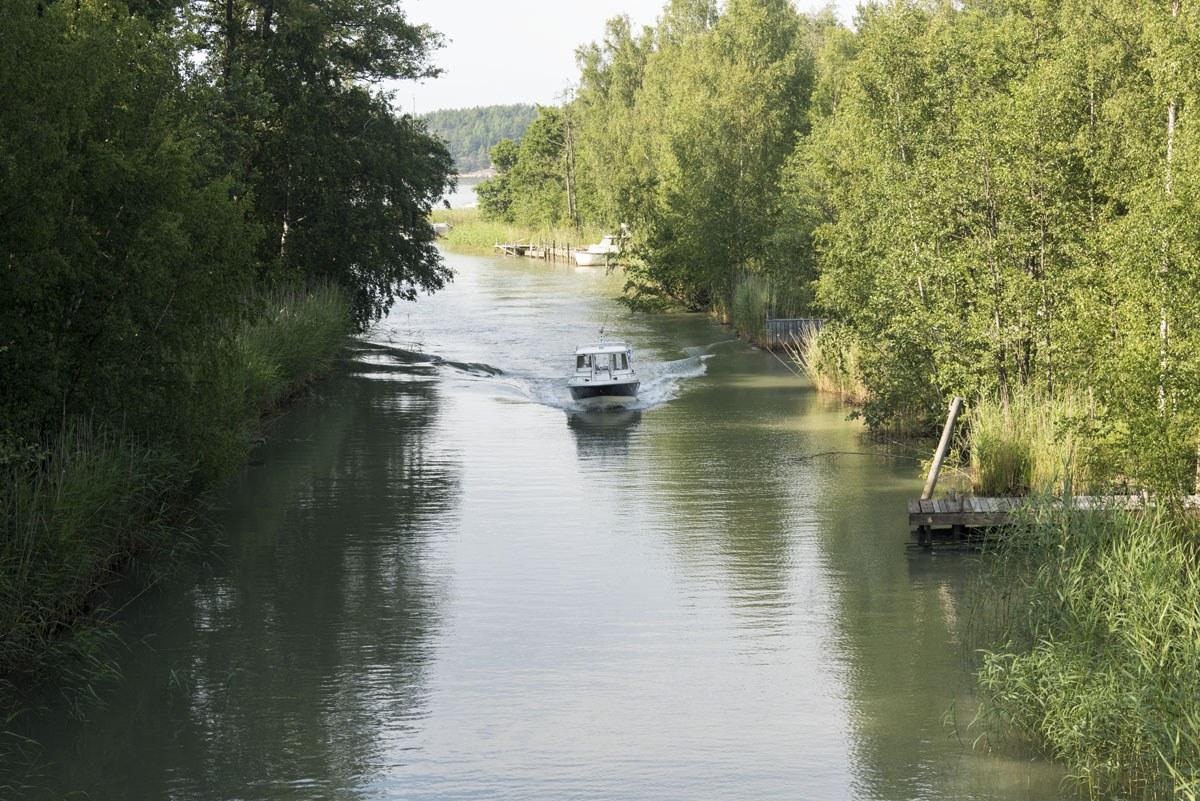 finnish archipelago canal