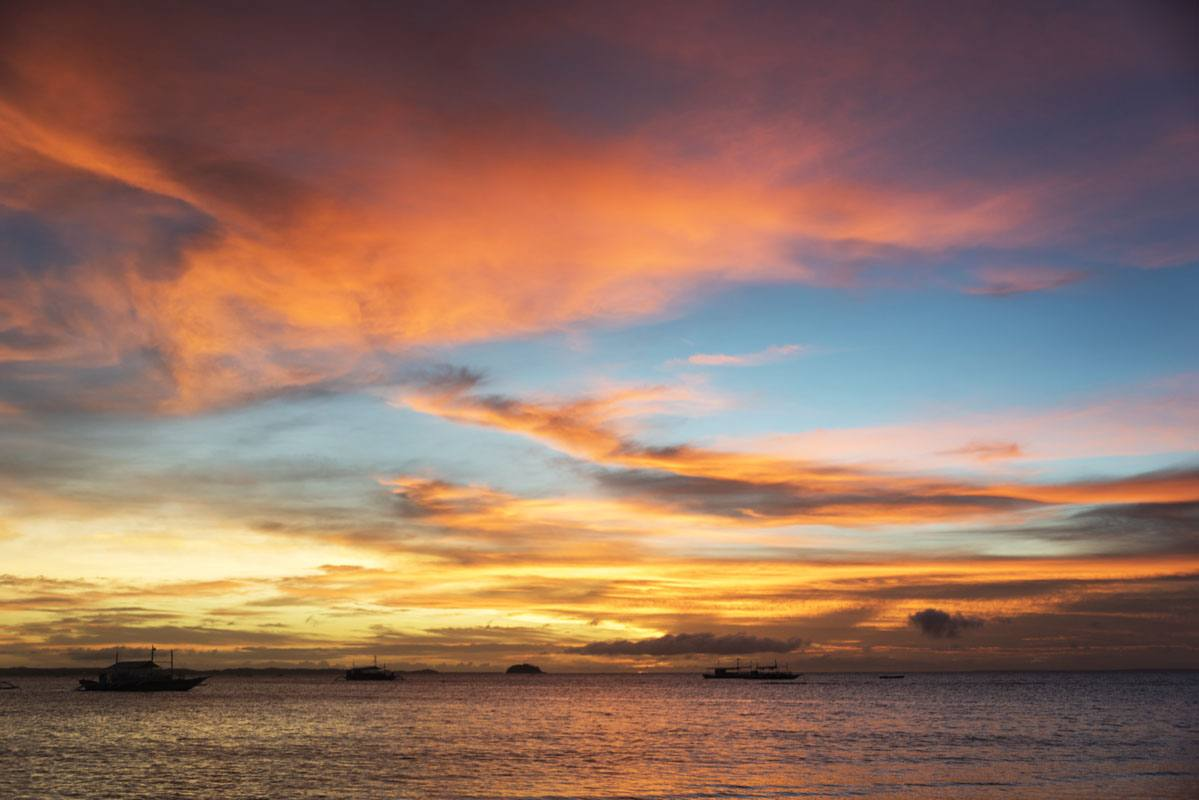 malapascua island sunset colors