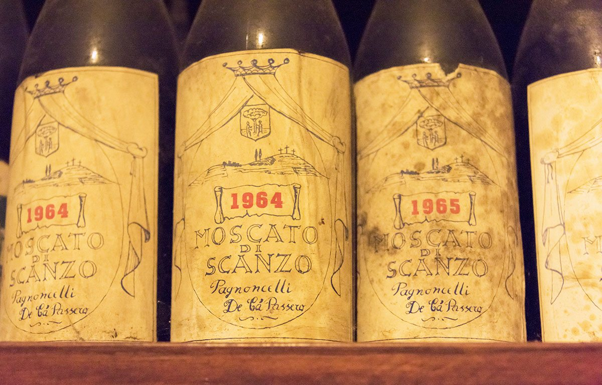 moscato di scanzo old bottles