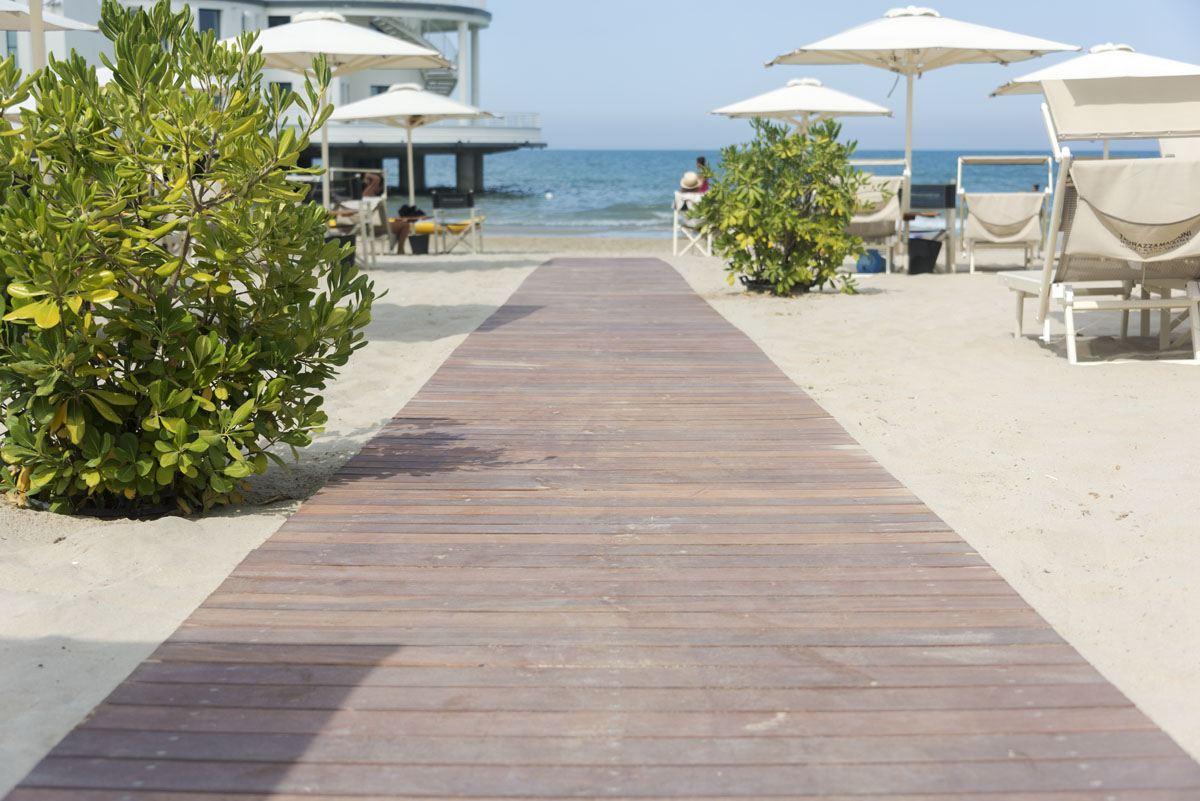 visit senigallia velvet beach