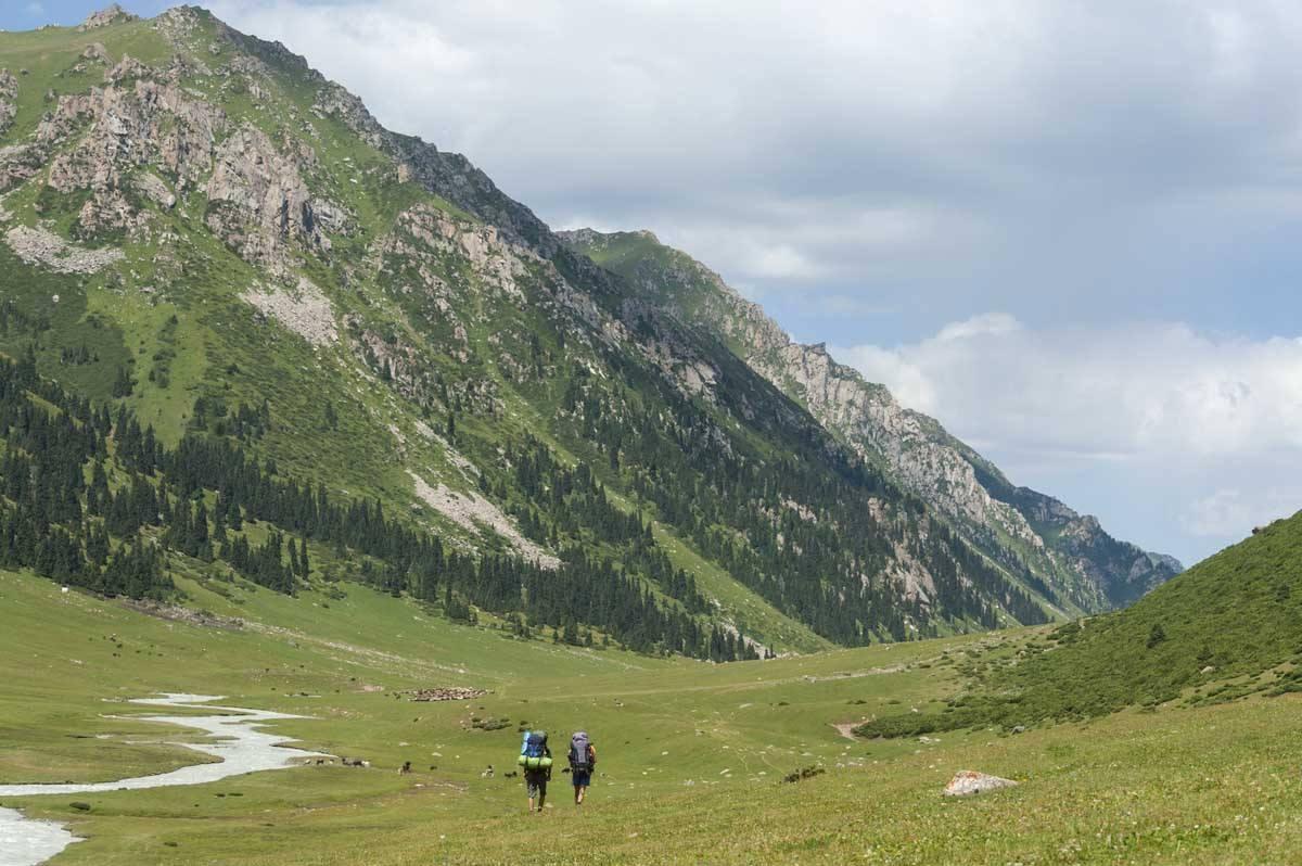 almalu valley kyrgyzstan
