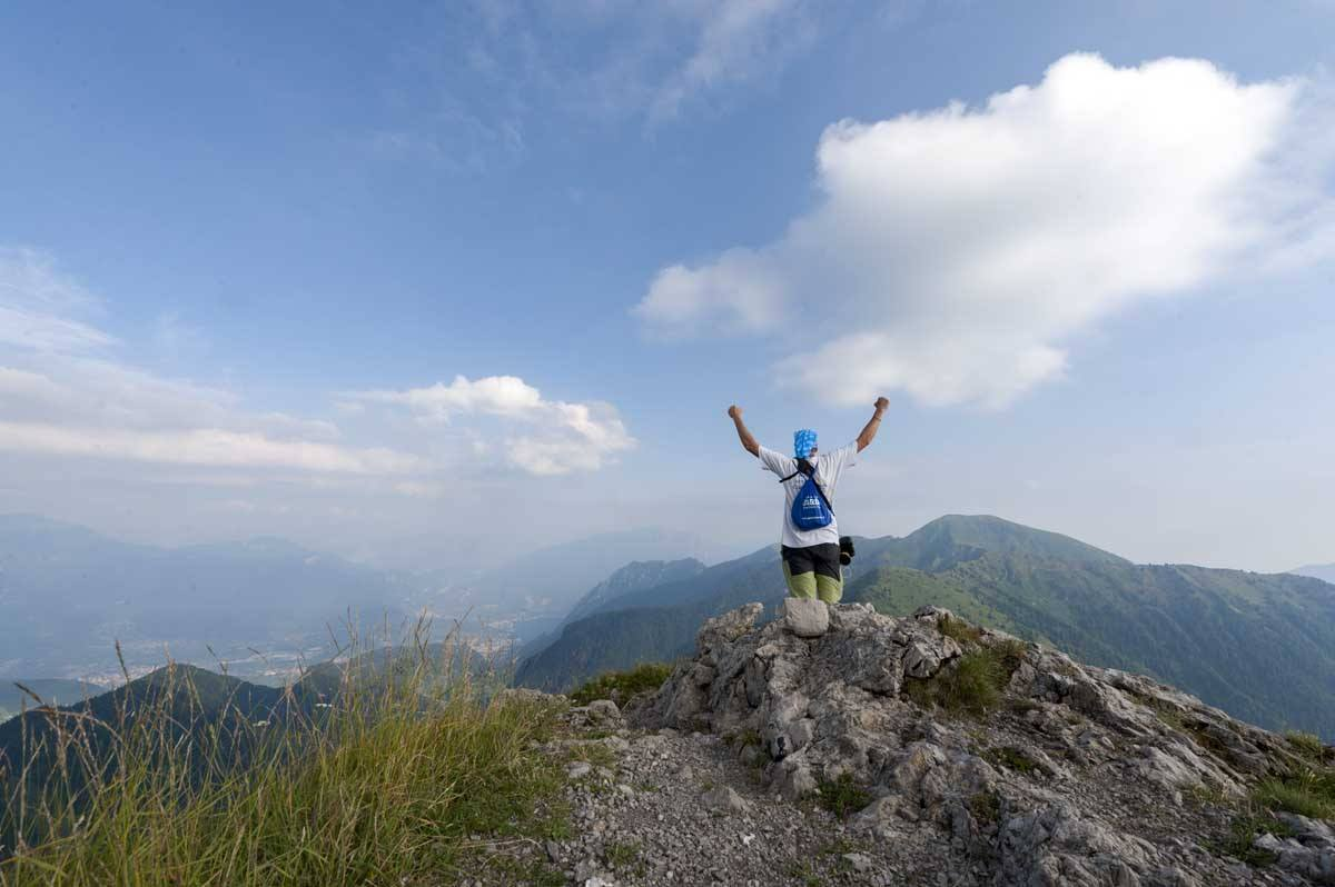 garda trentino mountain trail