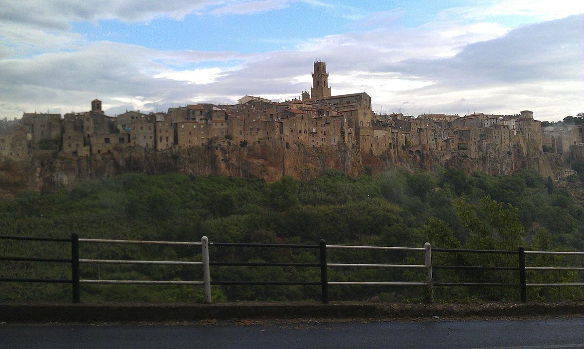 tuscany in spring pitigliano