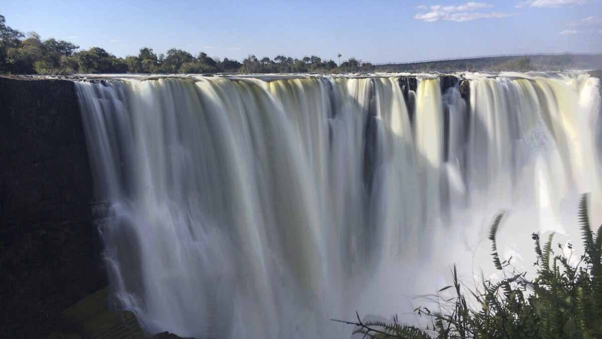 victoria falls zimbabwe long exposure