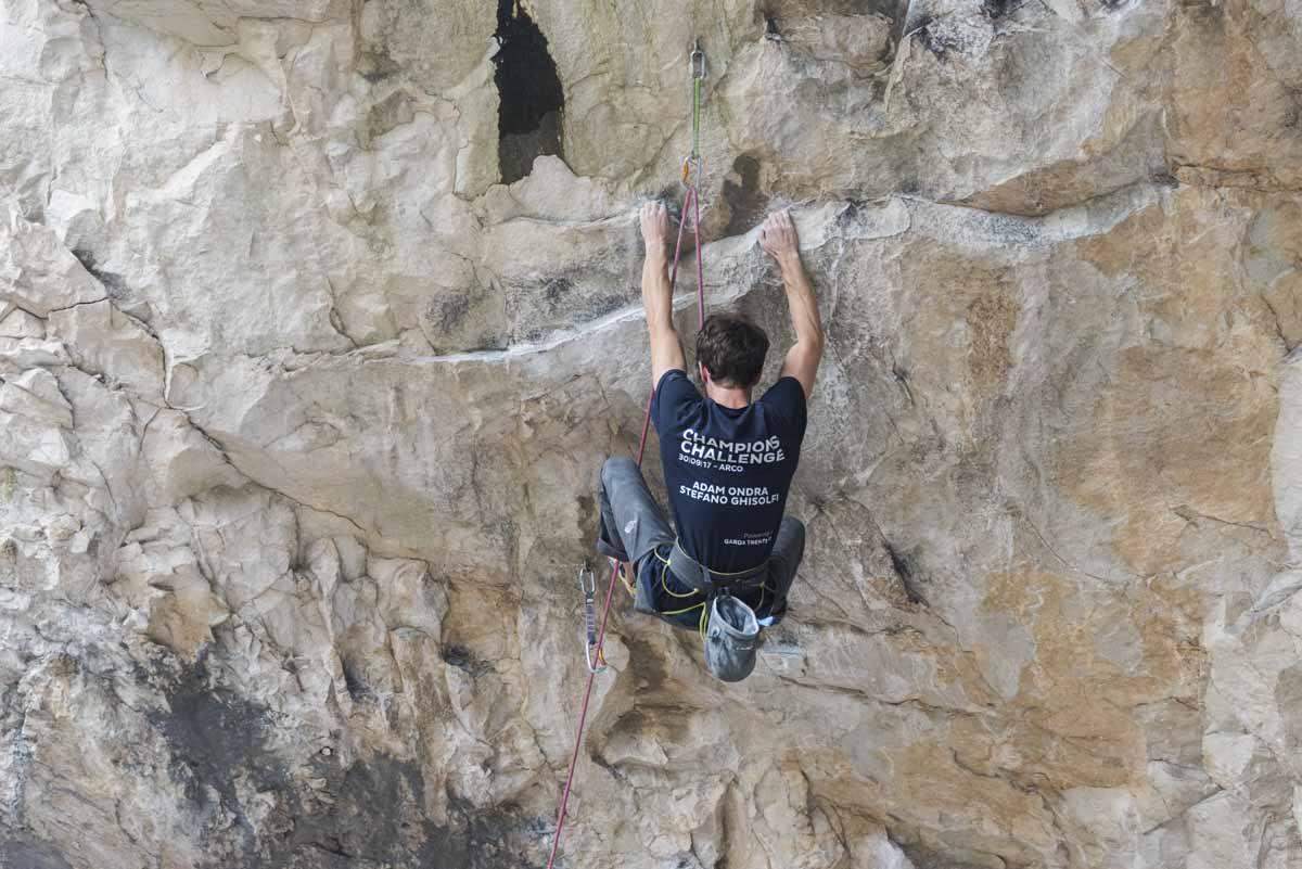 stefano ghisolfi climbing arco massone