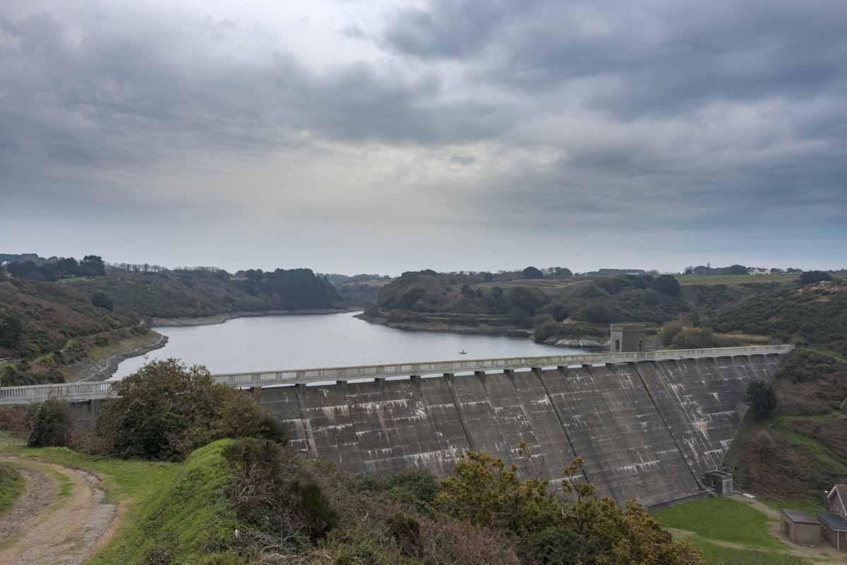 jersey val de la mare reservoir