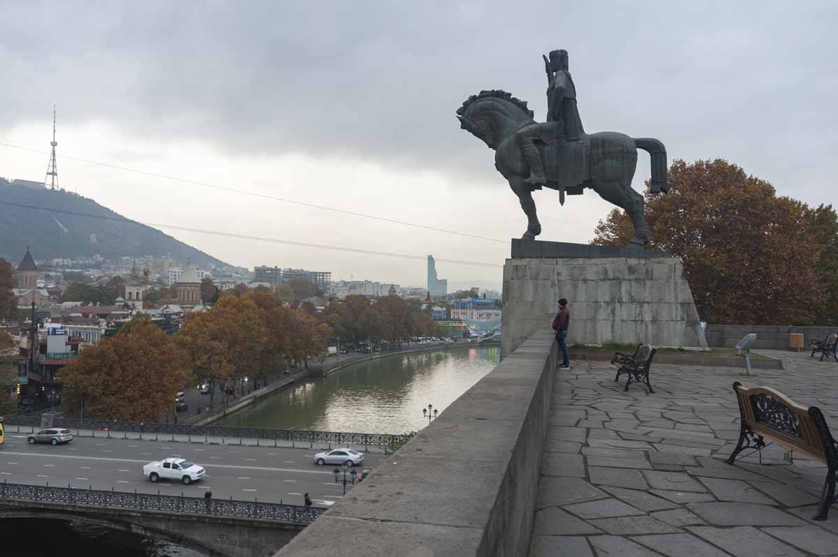 what to do in tbilisi view river