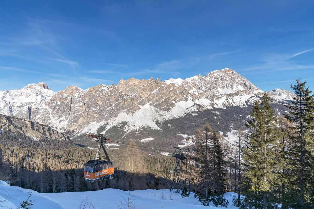 cortina winter cable car