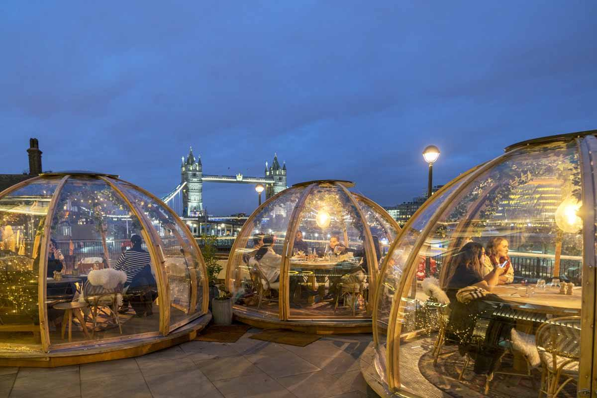 london winter cafe coppa igloo