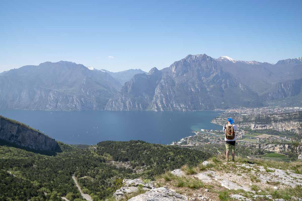 crag Scenic Lake Garda Views