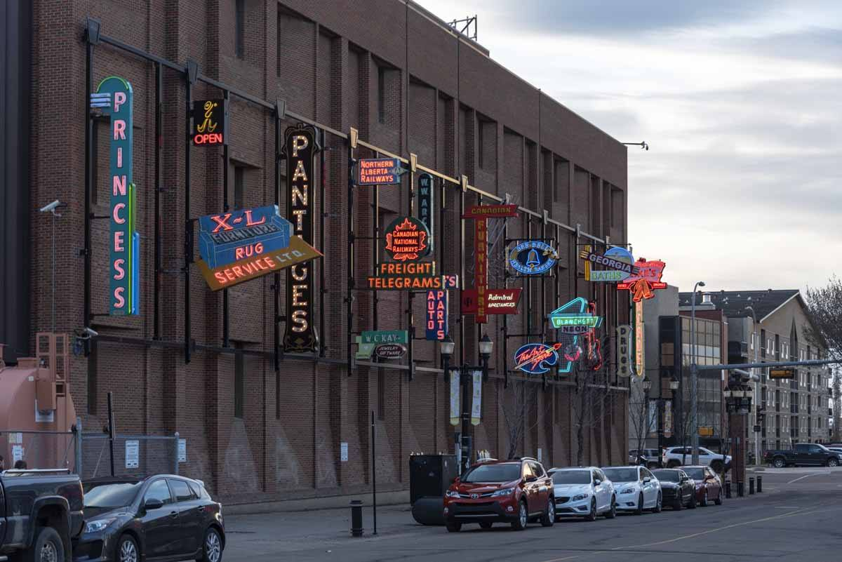things to do in edmonton neon museum
