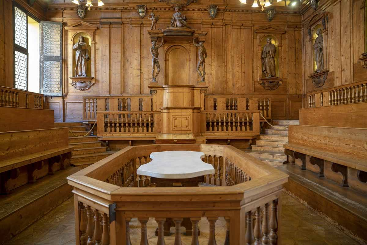 things to see in bologna anatomical theatre