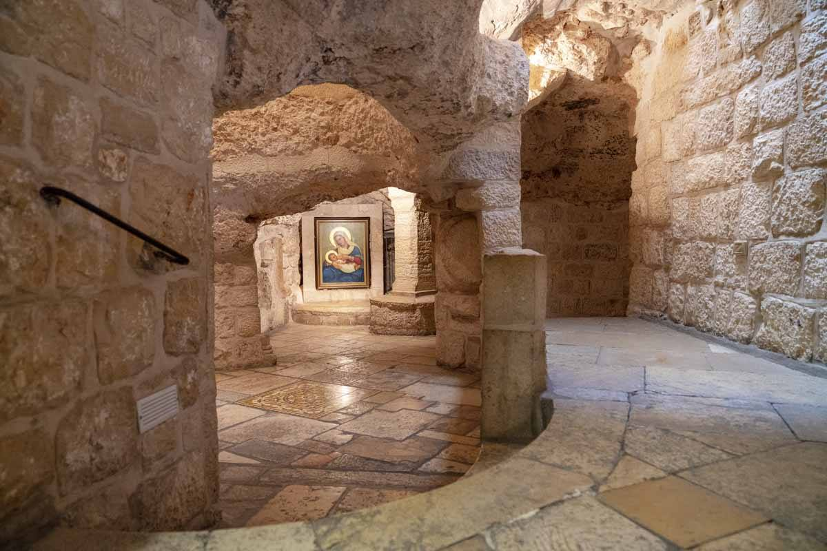 visit bethlehem milk grotto inside