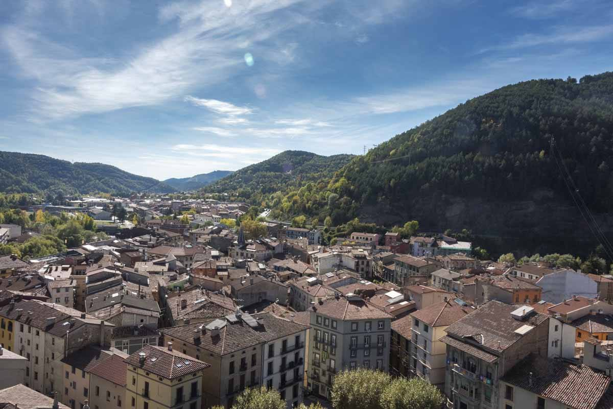 ripoll city view