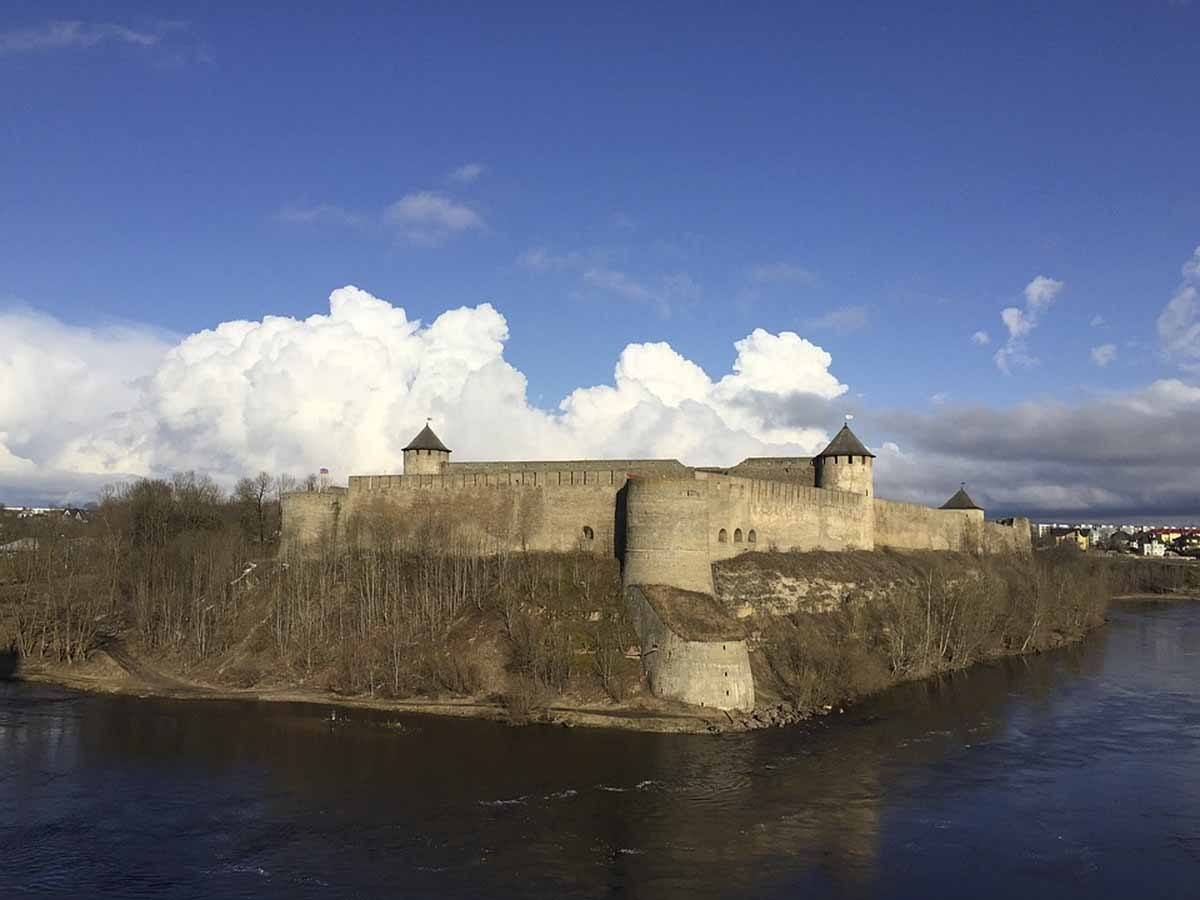 narva estonia day trip
