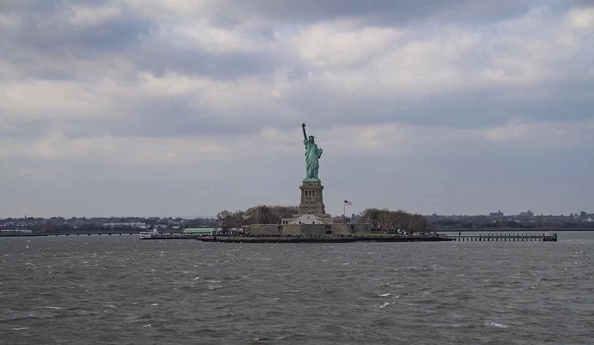 staten island ferry liberty island
