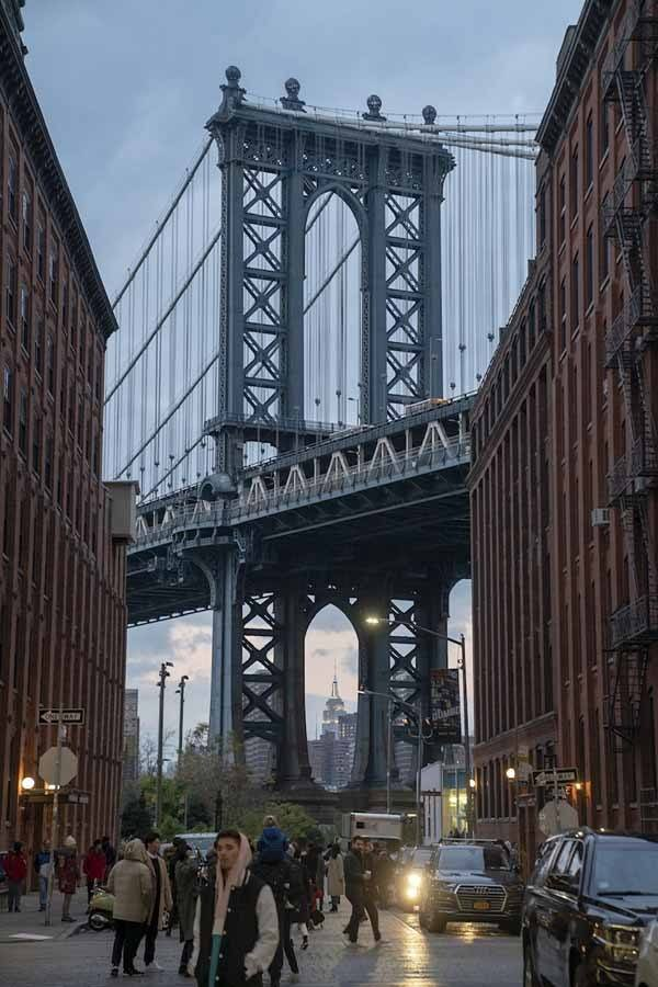 unusual new york DUMBO