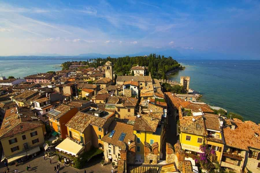 Sirmione-city-from-tower