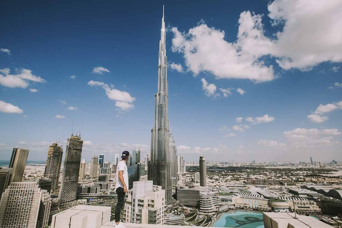 man on burj khalifa summit