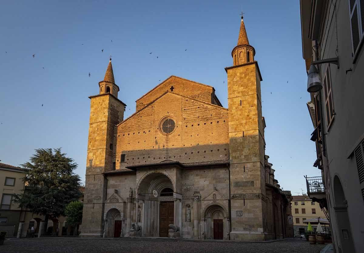 The Fidenza Cathedral at sunset
