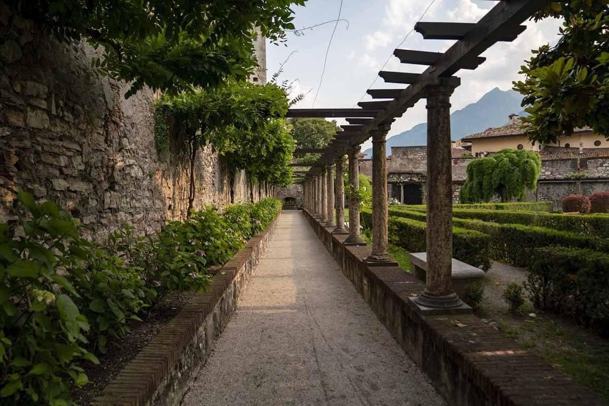 trento-buonconsiglio-castle-gardens
