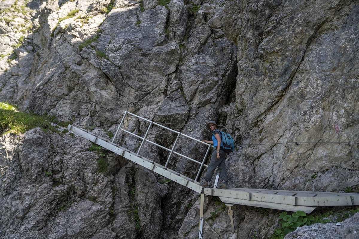 Schrofenpass metal bridge