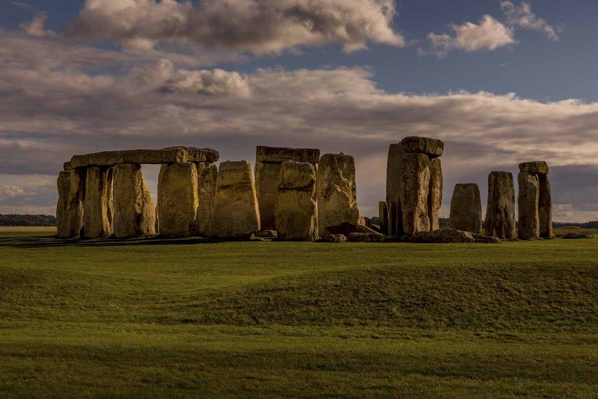 stonehenge from london visit clouds
