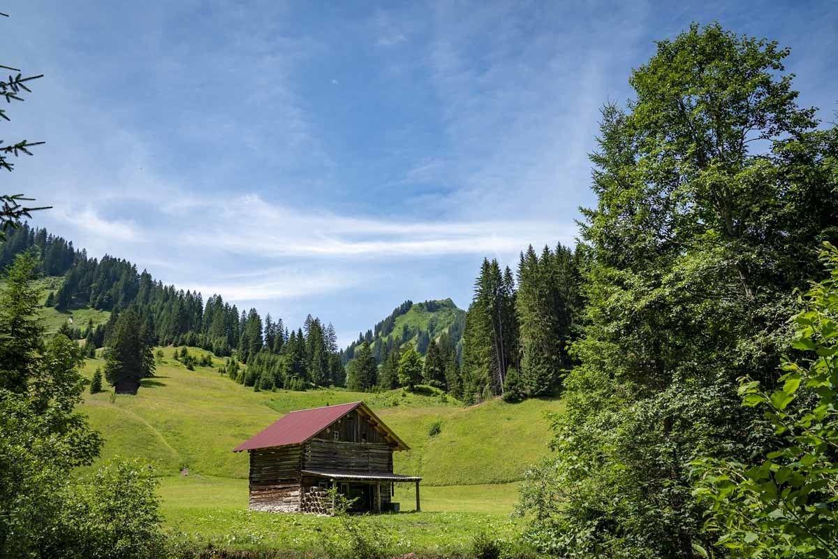 widderstein hike small hut