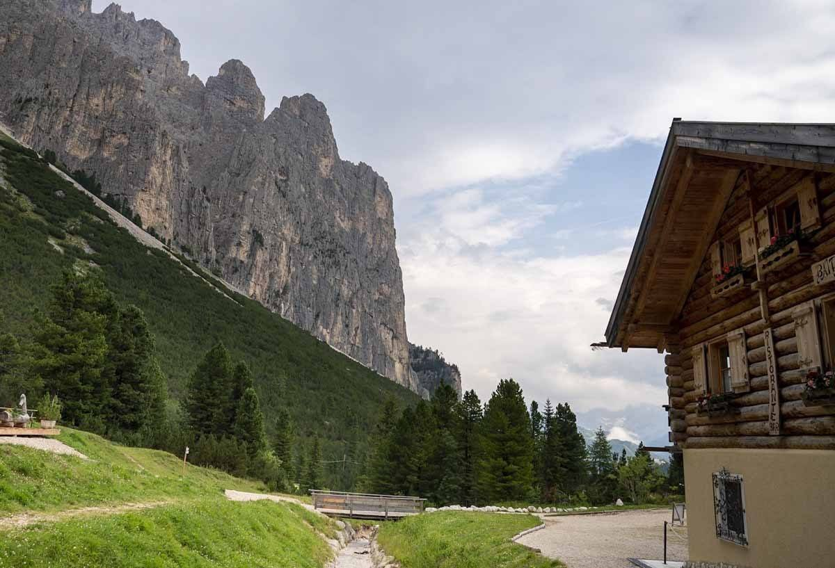 mountain hut catinaccio dolomites