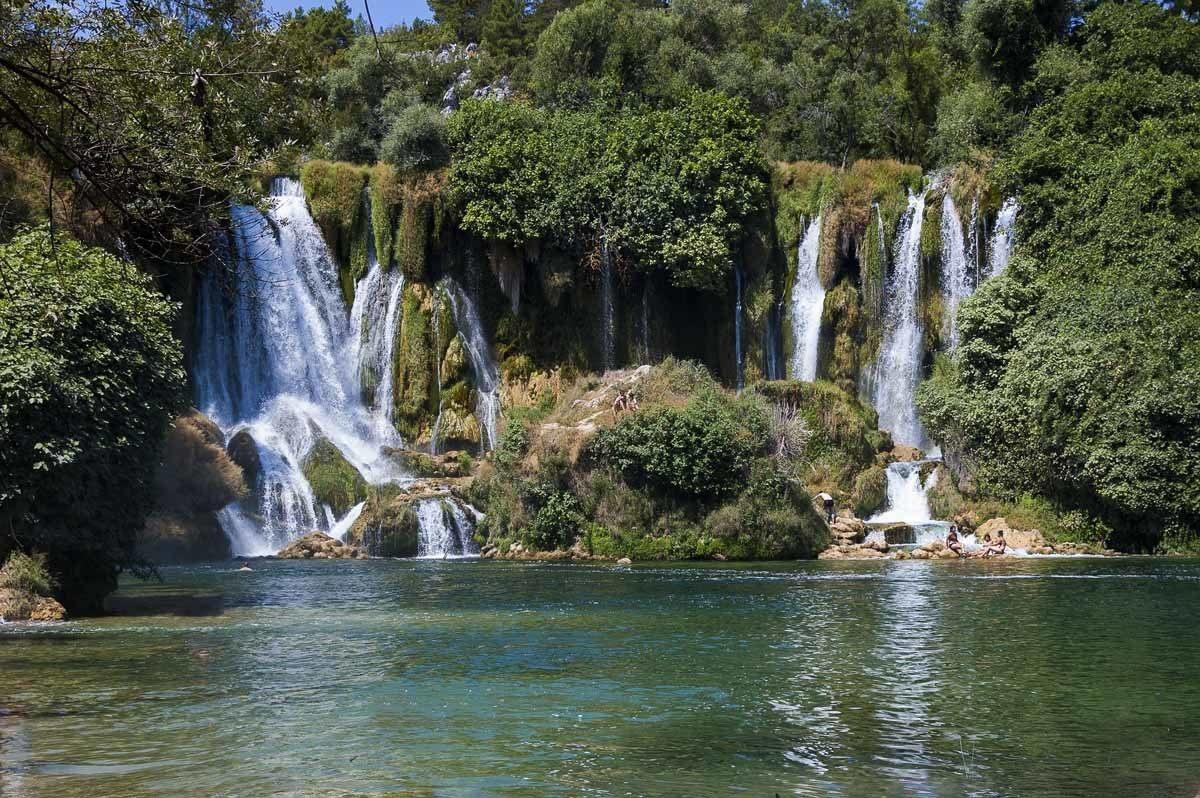kravice waterfalls bosnia