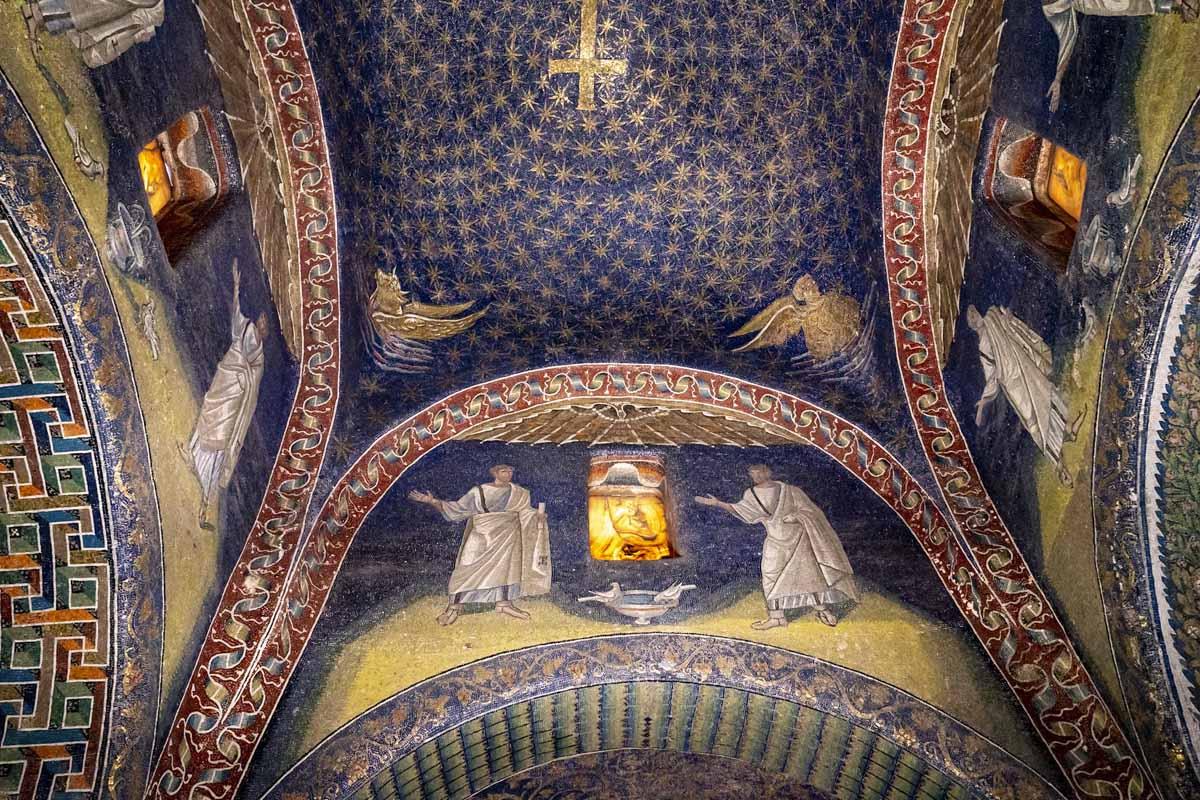 ravenna galla placidia mausoleum sky