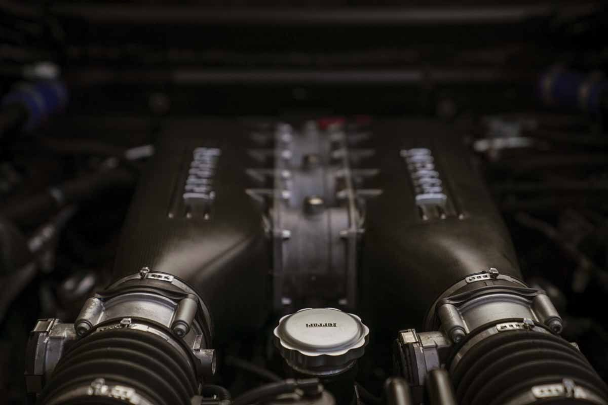 ferrari car engine